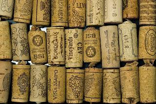 http://4.bp.blogspot.com/-lKqHfOVw4gU/Un5zXJiQt0I/AAAAAAAArno/rdrYu_0Etc0/s320/wine+corks.jpg